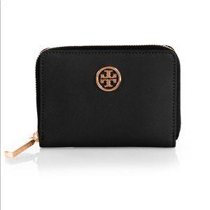 Tory Burch Robinson Zip Saffiano wallet